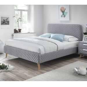 מיטת זוגית 140×190 מרופדת בד ייחודי דגם אסטריד