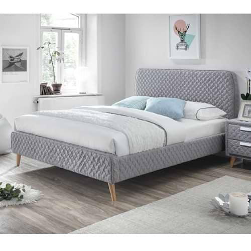 מיטה זוגית מרופדת astrid-500