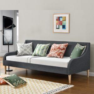מיטת אירוח מרופדת עם מזרן ספוגים דגם רונית