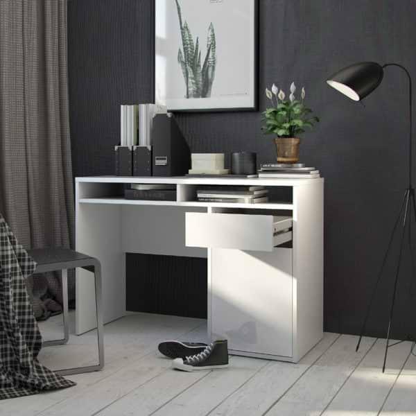 שולחן כתיבה לבן מבריק עם מגירה ותאי אחסון תוצרת דנמרק דגם מירב לבן