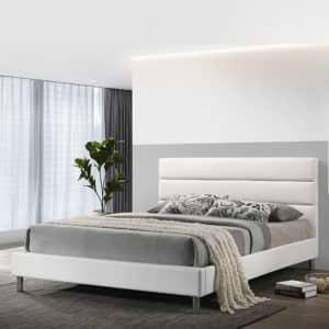 מיטת נוער רחבה ומעוצבת 120×190 בריפוד דמוי עור לבן דגם דניס 120