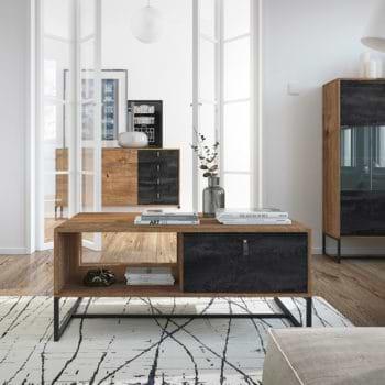 שולחן מעוצב בגימור מודרני תוצרת אירופה דגם דנה